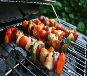 chicken_breast_kabobs_with_vegetables