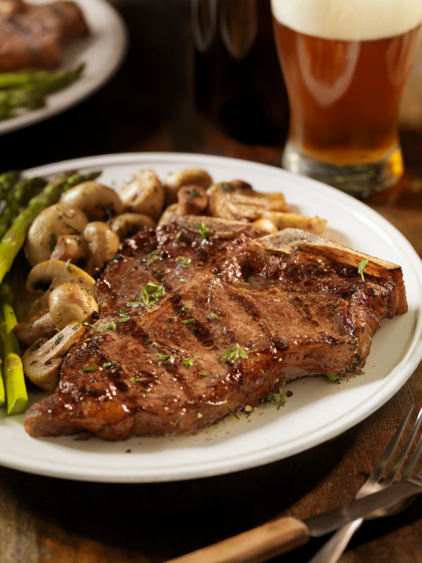 rib_steak_with_sauteed_mushrooms